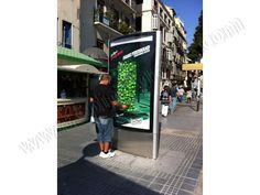 Mobiliario Urbano Espectacular | SP Integrales Publicidad original en mupis publicitarios