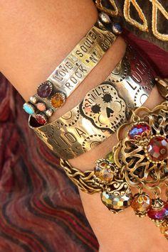 Bohemian Bracelets My Bohemian Style Source: Junk Gypsy Style Boho, Gypsy Style, Boho Gypsy, Hippie Boho, Boho Chic, Gypsy Moon, Hippie Style, Gypsy Cowgirl, Boho Girl