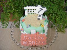 Mini tarta de cumpleaños    www.monicacupcakes.blogspot.com