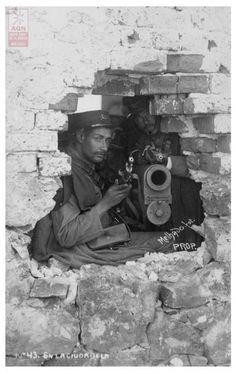 Soldado en la Decena Trágica, Distrito Federal, febrero de 1913. Eduardo Melhado. Piezografía. Archivo General de la Nación. Fondo Propiedad Artístico y ...