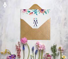 Προσκλητήριο για γάμου με λουλούδια και μονογράμματα. #προσκλητήριο #γάμου #λουλούδια #μοντέρνο #μονόγραμμα #wedding #invitation #floral #monogram #modern #stylish
