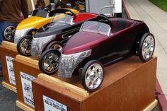 Custom pedal cars - Chrysler Prowler