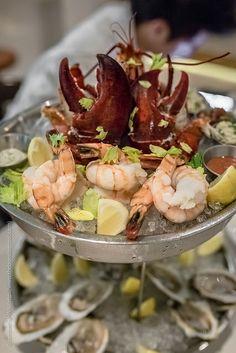 SHELLFISH PLATEAU – lobster, oysters, crab & tuna tartar – S$210.