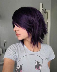 Looking for a new fresh bob hairstyles? Here we have rounded Layered Bob Haircuts 2015 - 2016 for you to get inspirational ideas. Bob hairstyles are in. Short Hair Styles Easy, Cute Hairstyles For Short Hair, Pretty Hairstyles, Short Hair Cuts, Medium Hair Styles, Hairstyle Ideas, Beautiful Haircuts, Trendy Hair, Brunette Hairstyles