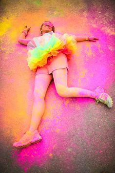 This looks like so much FUN!   'The colour run' x