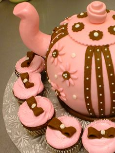 Have a fun and sophisticated tea party featuring our beautiful neopolitan themed teapot and matching cupcakes!  www.sweetladiesbakery.com @sweetladiesbake #dc #nova #dmv #cakes