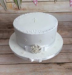 Simple communion cake by Kizzy's Cakes - http://cakesdecor.com/cakes/242620-simple-communion-cake