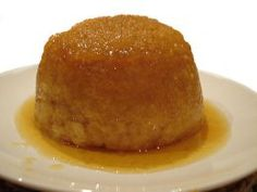 Love a good steamed pudding? Here's an easy microwave steamed sponge pudding that's ready in just 10 minutes! My homestay mom used to make this! Treacle Sponge Pudding, Golden Syrup Pudding, Sponge Pudding Recipe, Sponge Cake Recipes, Mug Recipes, Sweet Recipes, Cooking Recipes, Easy Pudding Recipes, Recipes