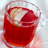 If you're looking to warm up on a chilly day, serve up some of this hot spiced apple-berry cider.