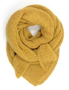 maisy's mustard ᶜᴼᵀᵀᴬᴳᴱ Knitted Shawls, Crochet Shawl, Knit Crochet, Knitting Yarn, Knitting Patterns, Knitting Accessories, Cool Sweaters, Knitting Projects, Diy Fashion