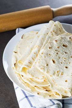 Learn here how to make your own Flour Tortillas! You can also freeze the leftover tortillas! Recipes With Flour Tortillas, Homemade Flour Tortillas, Mexican Dishes, Mexican Food Recipes, Make Your Own Flour, Homemade Sour Cream, Tacos And Burritos, Tortilla Recipe, Quick Bread Recipes