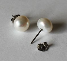 Titanium Pearl Earrings, large 9-10mm White fresh water pearl studs, 100% Hypoallergenic Titanium ear posts and nuts, for sensitive ears