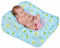 Miss C also hated the puj tub, the first few baths were a battle. She's cozy in this Leachco Flipper 2-Way Baby Bath, what a relief.