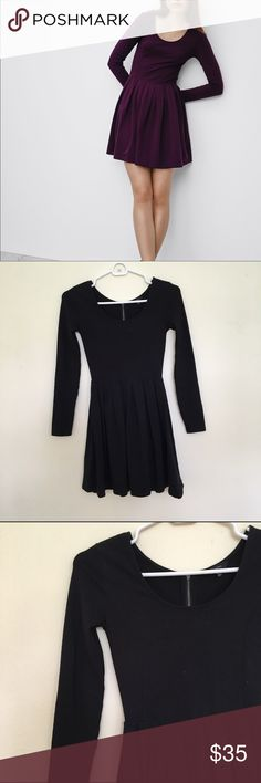 Aritzia Lambeth Dress in Black Talula by Aritzia Lambeth Dress in black! No longer available online, this skater style dress with long sleeves is always in! Made of super soft, and stretchy material! No damages or stains, in perfect condition. Aritzia Dresses Long Sleeve
