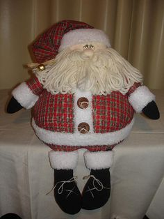 papai noel bola by Angela Cherem Atelier, via Flickr