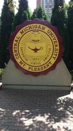"""See 83 photos and 14 tips from 1842 visitors to Central Michigan University. """"I'm proud of my alma mater, and I'm proud of my CMU faculty. Football University, Ohio State University, College Football, Michigan Ohio, Central Michigan University, Alma College, College Ready, College Tips, Lake Isabella"""