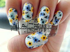 #flowers #nailart #nails #nailpolish