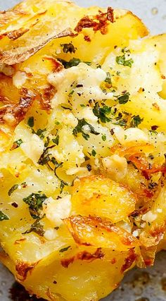Crispy Garlic Butter Parmesan Smashed Potatoes (Garlic Butter Scallops)