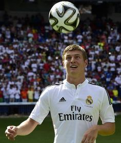 Toni Kroos joins Real Madrid from Bayern Munich for £20m • German World Cup winner handed six-year deal