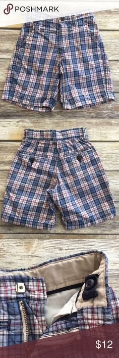Gap Boys Cargo Shorts Blue plaid Cargo Shorts by Gap Kids. Adjustable waist, slide clasp closure, side Cargo pockets. Excellent condition. These are size 5 slim. GAP Bottoms Shorts
