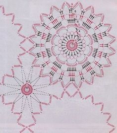 Napkin from the round crochet motifs Crochet Tablecloth Pattern, Crochet Motif Patterns, Crochet Diagram, Knitting Patterns, Lace Doilies, Crochet Doilies, Crochet Flowers, Crochet Granny, Crochet Shawl
