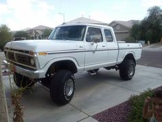 Don't see many super cab short bed Looks good 1979 Ford Truck, Ford Pickup Trucks, 4x4 Trucks, Cool Trucks, Classic Ford Trucks, Old Fords, Monster Trucks, Cars, Bed