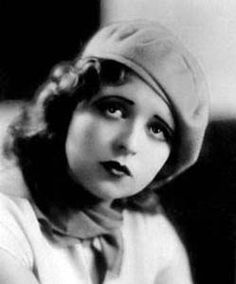 Bow262 - Clara Bow - Silent Movie Star - More at http://cine-mania.it