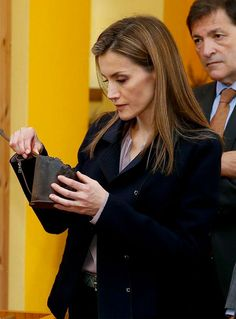 King Felipe and Queen Letizia visited the town of Boal has awarded the Asturian village of the year.25.10.2014
