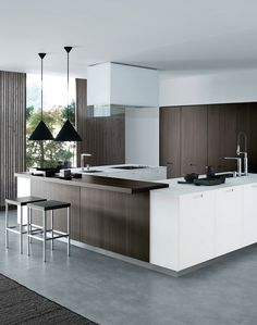 Download the catalogue and request prices of Kyton By varenna by poliform, lacquered linear wooden kitchen