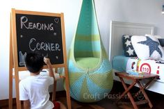 Free knitting pattern to DIY your own cocoon hanging seat. Written pattern & instructions, Made of Bobbiny rope www.bobbiny.com