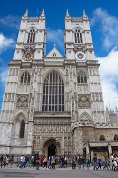 Westminster Abbey Cathedral church in the city, of London England.  http://publicdomainpictures.net  FREE PUBLIC DOMAIN PHOTO'S TO USE AS YOU LIKE.