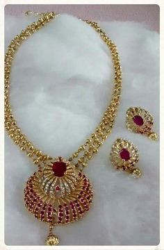 Exclusive neck piece Price:1750+shippingcharge #elwgantfashionwear #exclusive #neckpiece