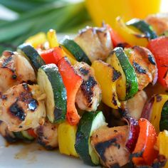 """Chicken Kabobs from the last video  4 chicken breast - cubed into 1 inch piece  Ingredients: for MARINADE ▪️3 tbsp. - sesame oil ▪️1 tbsp. - honey ▪️1…"""
