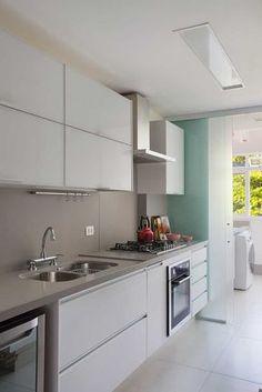 Decoração de apartamento. Cozinha cinza, luz natural #decoracao #decor #details #casadevalentina