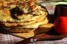 Лепёшки с колбасой и зелёным луком