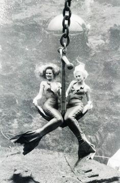 Vintage Mermaids - an old photo of 2 Weeki Wachee Mermaids. Fantasy Mermaids, Real Mermaids, Mermaids And Mermen, Sirens, Mythical Creatures, Sea Creatures, Rodney Smith, Mermaid Fairy, Fit Girl