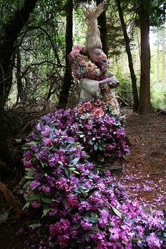 Incredible Trail of Freshly Cut Flowers in Kirsty Mitchell's Latest Wonderland Scene - My Modern Metropolis Kirsty Mitchell, Topiary Garden, Bright Side Of Life, Last Dance, Midsummer Nights Dream, Angel Art, Cut Flowers, Mother Earth, Flower Art