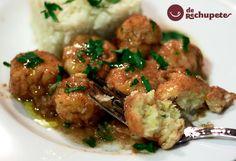 Unas sencillas y caseras albóndigas de bacalao, con todo el sabor a mar. Un plato de aprovechamiento que podéis preparar para delicias de mayores y pequeños.