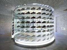 This is an interior and exterior design project of Nike Air Force 1 store, which is opened for a limited period of one year at the back street of. Nike Outfits, Shoe Rack Store, Shoe Shop, Harpers Bazaar, Nike Retail, Design Commercial, Shoe Display, Retail Concepts, Merchandising Displays