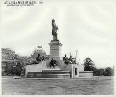Governor Phillip statue in the Botanic Gardens, Sydney (NSW) | Flickr - Photo Sharing!