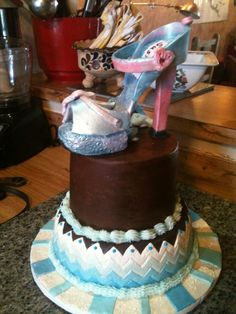 Things that touch feet or feet things need never be a cake theme.