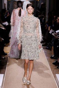 Défilé Valentino haute couture, les photos : FULL LENGTH haute couture VALENTINO Valentino HC RS12 2653