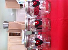 Minnie Mouse party.....great idea for one large pitcher too!