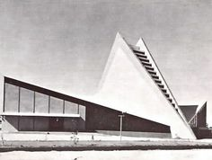 Iglesia de la Santa Cruz, calle 13, col. Aviacion Industrial, San Luis Postosi, México 1967   Arqs. Enrique de la Mora y Félix Candela -  Church of the Holy Cross, San Luis Postosi, Mexico 1967