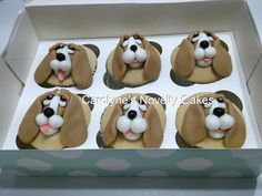Puppy Birthday Cakes, Birthday Cakes For Women, Puppy Cupcakes, Cupcake Cookies, Childrens Cupcakes, Horror Cake, Dog Food Recipes, Cake Recipes, Handbag Cakes