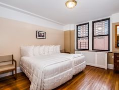 Leo House New York (New York) Located less than 1 km from Penn Station, this Manhattan hotel features a chapel and a dining room. Chelsea Market is 10 minutes' walk. Free Wi-Fi is available throughout the property. Cheap Hotel Websites, Cheap Hotels, Hotel New York, New York City, Leo, Manhattan Hotels, Shared Bathroom, Old Building, Smoking Room