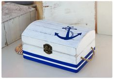 Items similar to Nautical Wedding Ring box: Rustic Ring Holder - Ring Bearer Box - Beach Wedding Chest - Ring Pilow Alternative - Personalized wooden signs on Etsy Nautical Theme Decor, Nautical Design, Nautical Wedding, Rustic Wedding, Beach Hut Decor, 3 Karat, Personalized Wooden Signs, Painted Wooden Boxes, Seashell Crafts