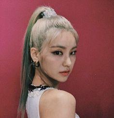 I Love Girls, Cool Girl, Fandom, South Korean Girls, Korean Girl Groups, Overlays Tumblr, Korean Fashion Dress, Mixed Girls, Edgy Outfits