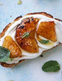 roasted pineapple ricotta toast I howsweeteats.com