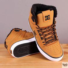 Męskie buty zimowe ocieplane za kostkę DC Spartan High WC WNT Wheat / www.brandsplanet.pl / #dc shoes #skateboarding